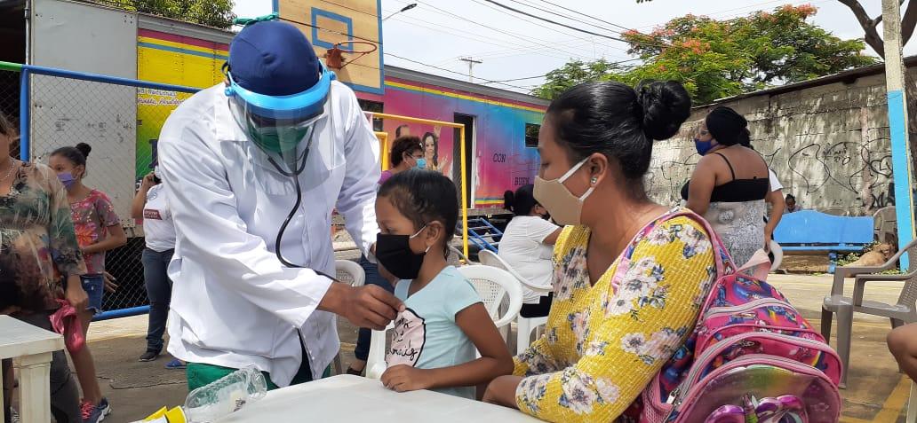 Pobladores de Batahola Norte reciben consultas y medicamentos gratuitos