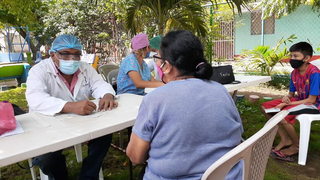 Padres y héroes de la salud en Nicaragua