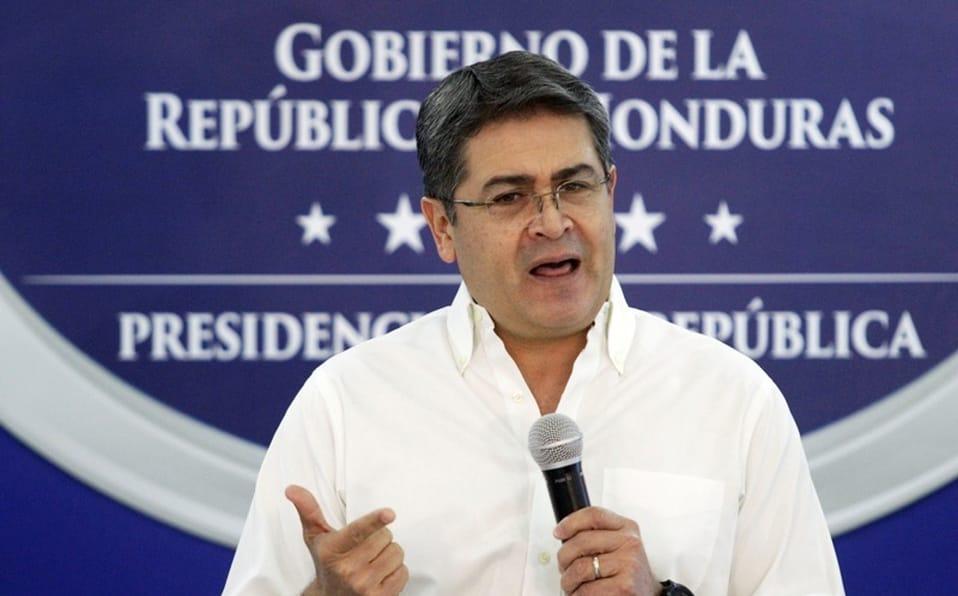 Presidente de Honduras hospitalizado por COVID-19 y daño pulmonar