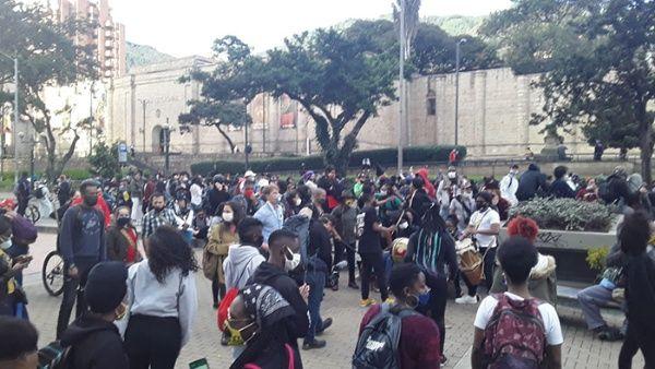 Masivas manifestaciones en Colombia en rechazo a políticas de Iván Duque