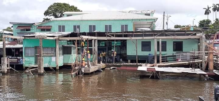 Avanzan mejoras en la terminal de transporte acuático de Bluefields