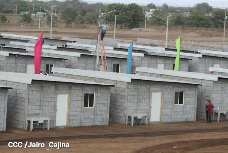 Entregarán 100 nuevas viviendas Bismarck Martínez