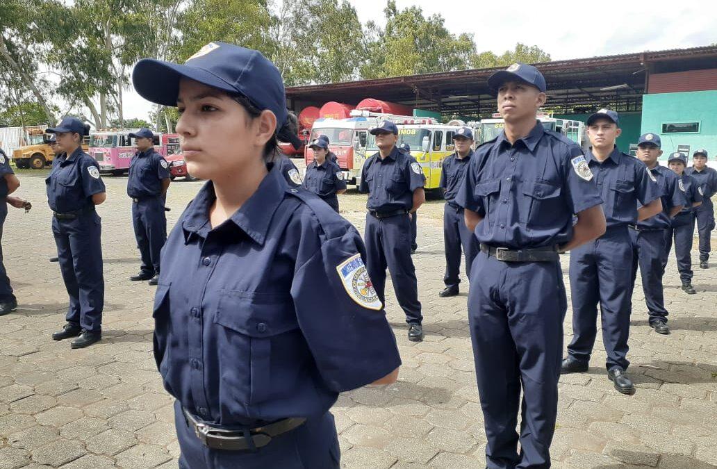 Nuevos bomberos se integran al servicio de la ciudadanía