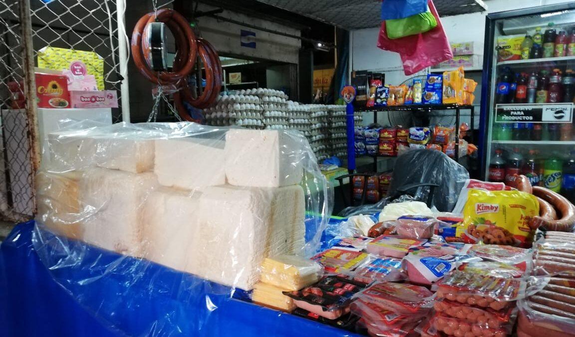Mercado Roberto Huembes abastecido de làcteos