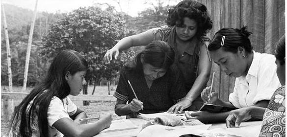Conmemoran 40 años de la cruzada nacional de alfabetización