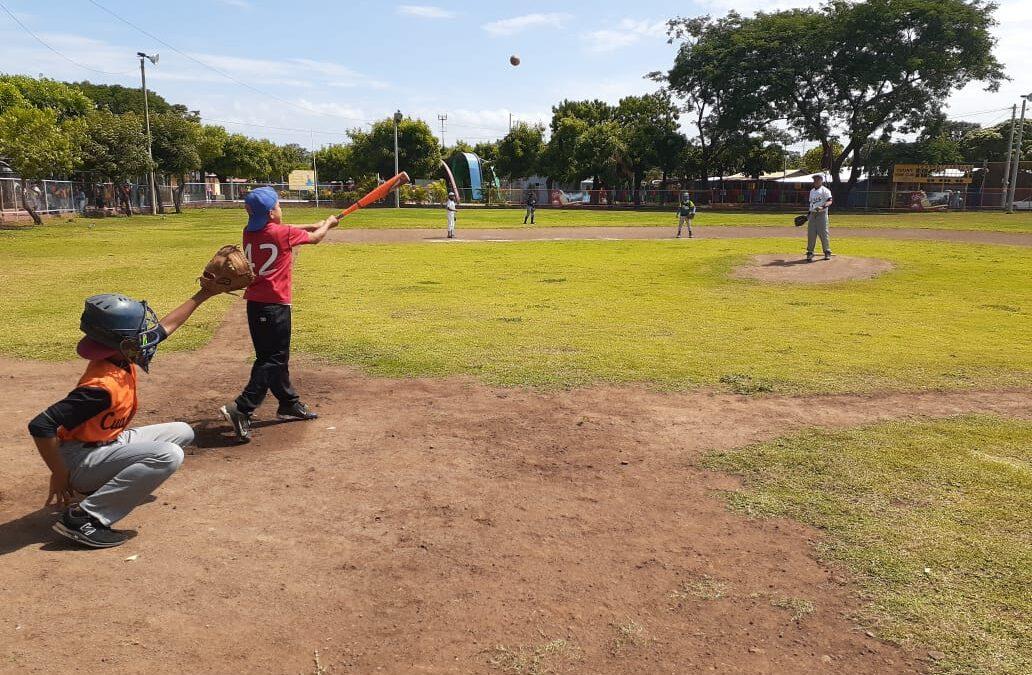 Inauguran campeonato de béisbol infantil en Ciudad Sandino