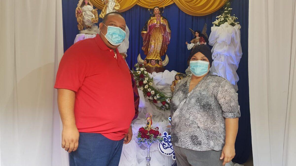 Matrimonio chinandegano celebra a la Asunción de María