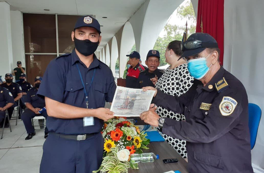 Nicaragua cuenta con 47 nuevos bomberos