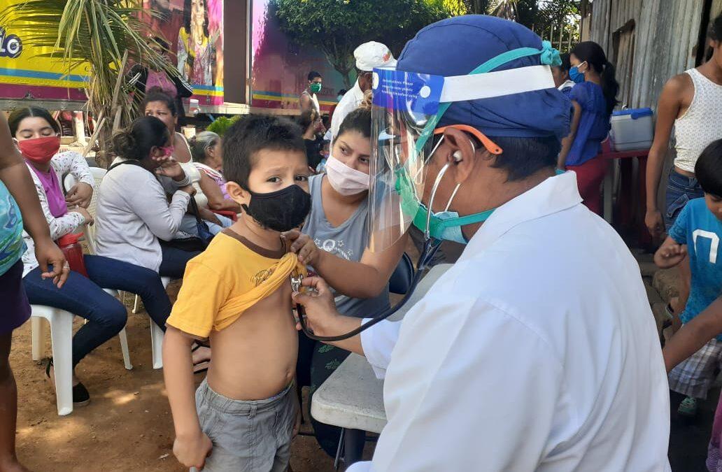 Médicos promueven salud en la capital de Nicaragua