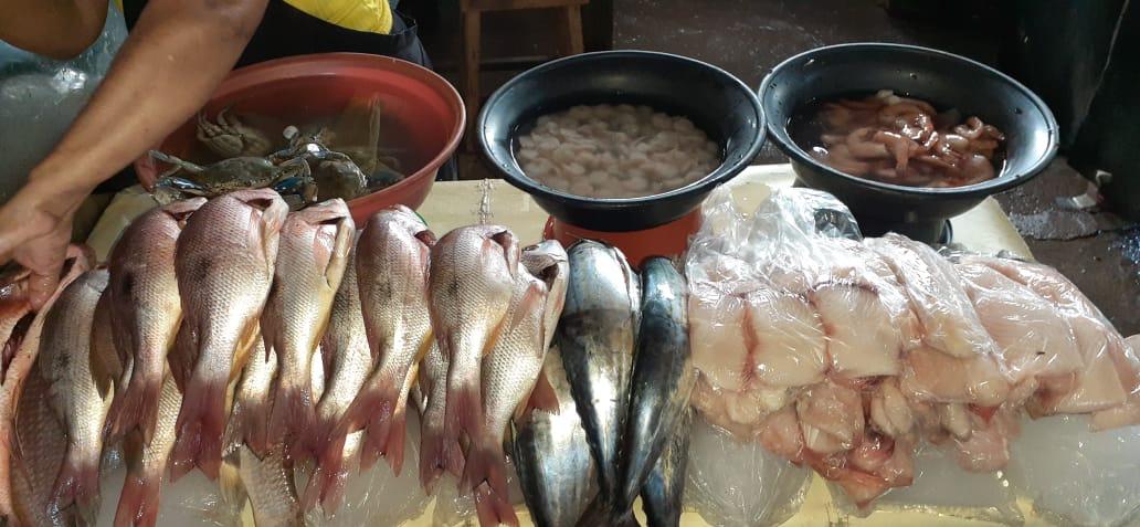 Israel Lewites abastecido con productos del mar