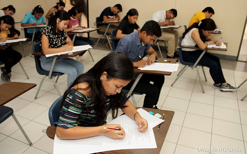 Nicaragua dispone de 1800 becas para cursos virtuales que permitan el desarrollo de competencias