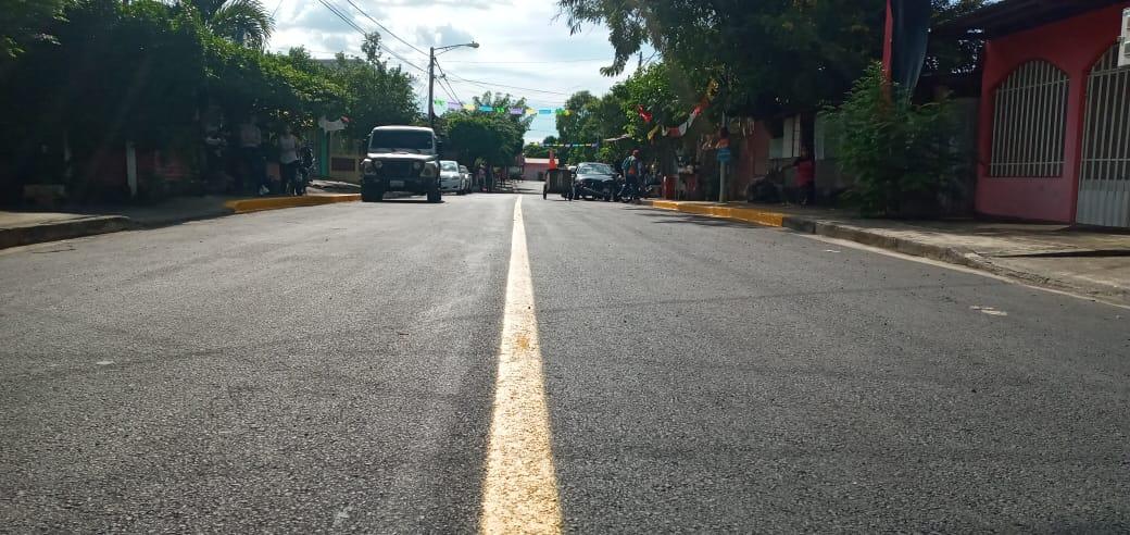Inauguran mejoramiento vial en el barrio Camilo Chamorro