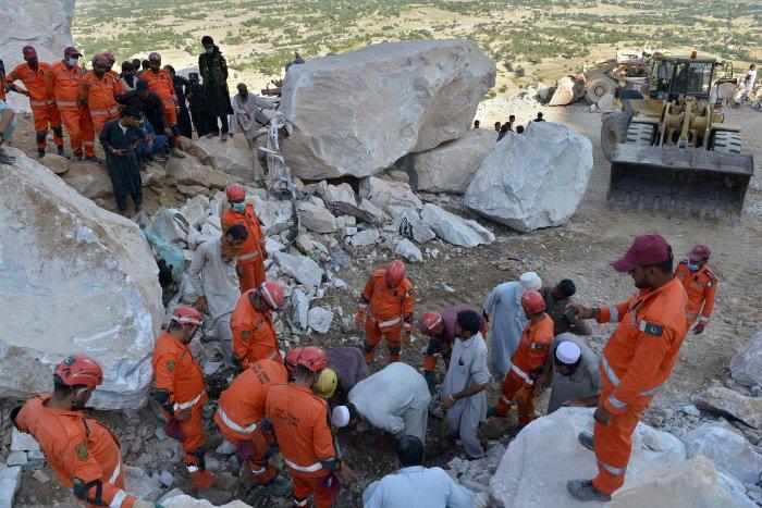 19 fallecidos dejó el derrumbe de una mina en Pakistán