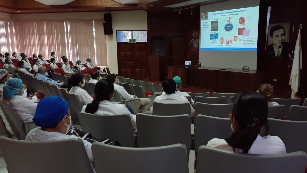 Pediatras nicaragüenses comparten conocimientos sobre enfermedades musculares