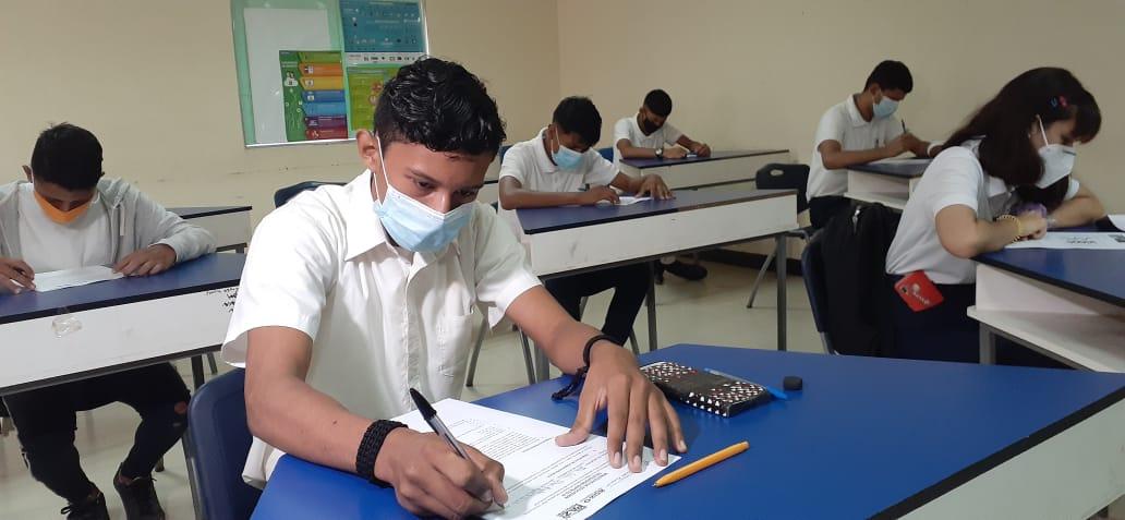 Seleccionan al mejor alumno y docente del municipio de Managua