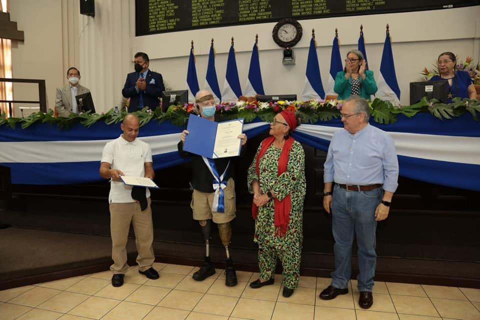 Brian Wilson vuelve a ser noticia en Nicaragua