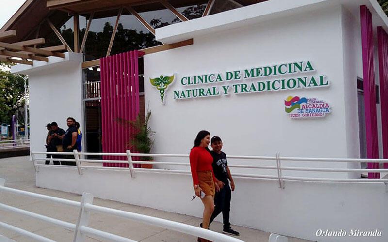 Clínica de Medicina Natural a dos años abierta al público