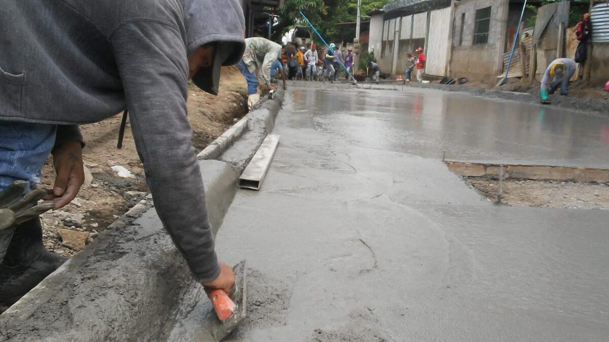 Barrio Healeah contará con nuevas calles recarpeteadas