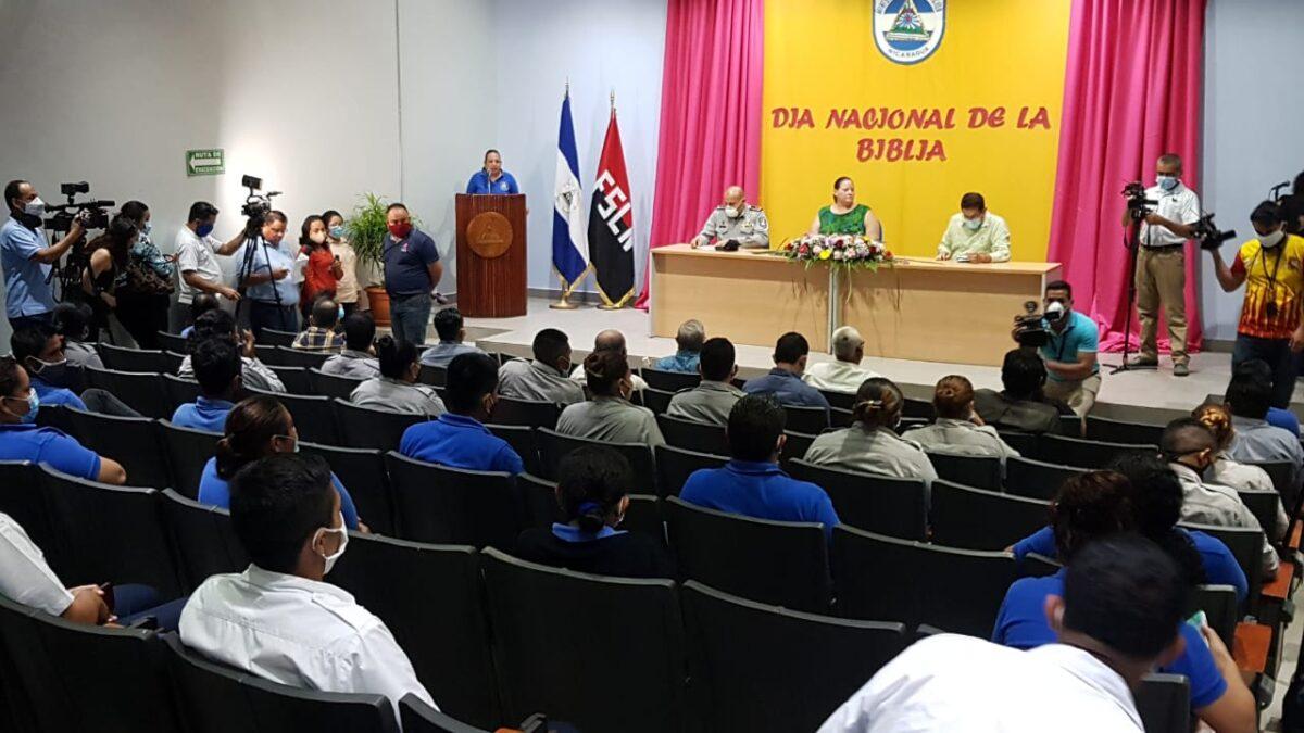 Pastores evangélicos recibieron reconocimientos por su labor en las cárceles de Nicaragua