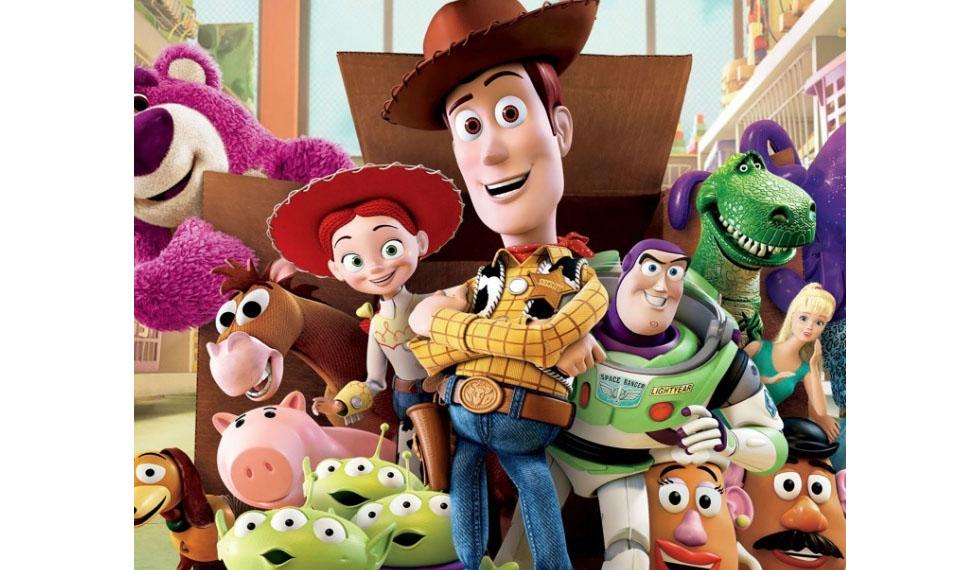 """Lanzan nueva línea de tenis inspirados en la película """"Toy Story"""""""