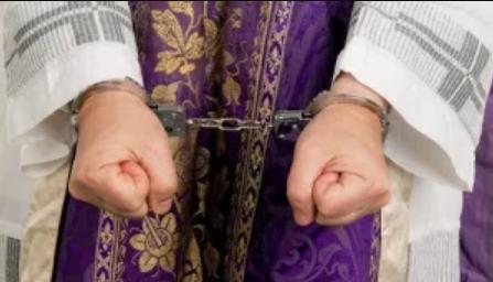 Sacerdote argentino acusado de violar a una niña de 10 años