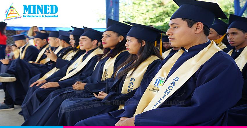 Bachilleres con alto rendimiento pueden solicitar beca en universidades privadas