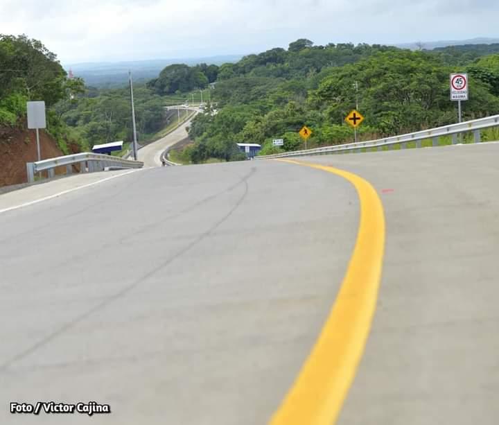 Inauguran tramo carretero El Boquete-Santa Ana