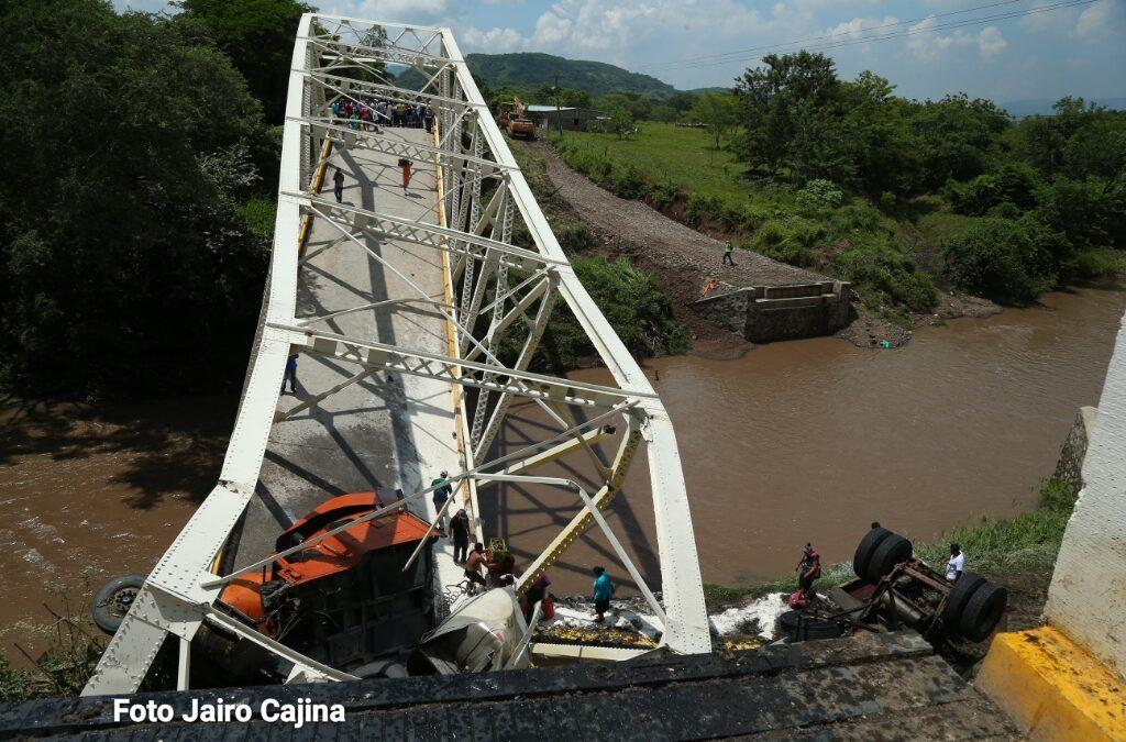 Instalarán puente provisional tras desplome en Cuizala Chontales