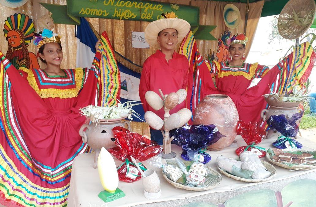 Alumnos de Escuelas Municipales de danza realizan exposición gastronómica a base de Maíz