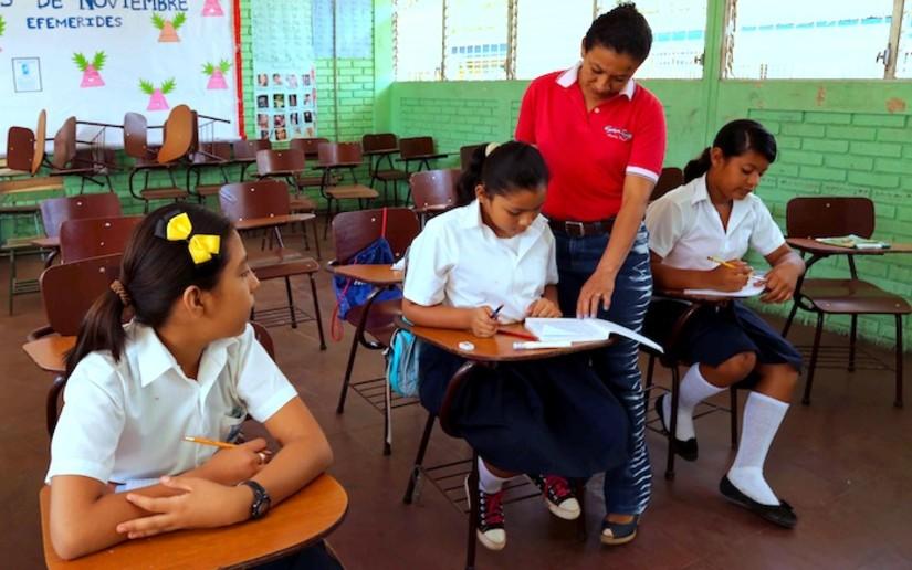 Inicia proceso para la elección del mejor docente de secundaria en Nicaragua