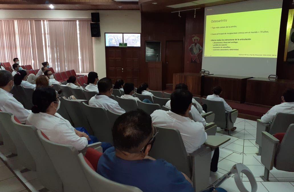 Pediatras participaron en la formación continua, especializada en línea