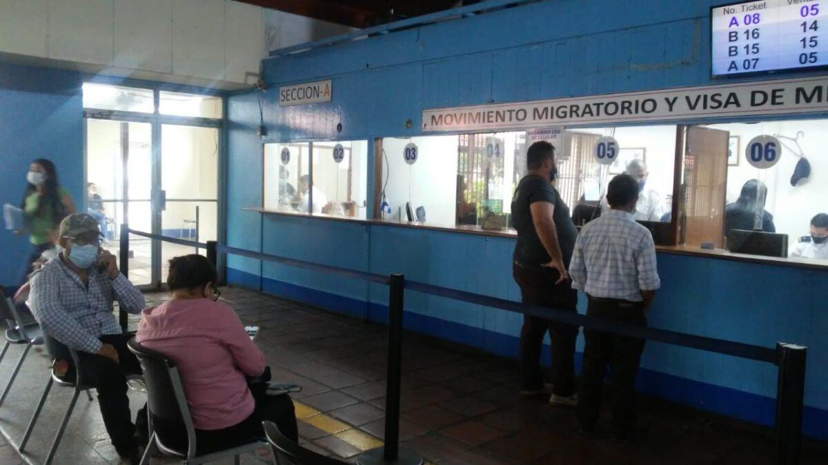 Ciudadanía continúa realizando sus trámites migratorios en línea