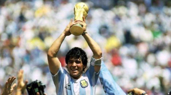 Diego Armando Maradona fallece a sus 60 años