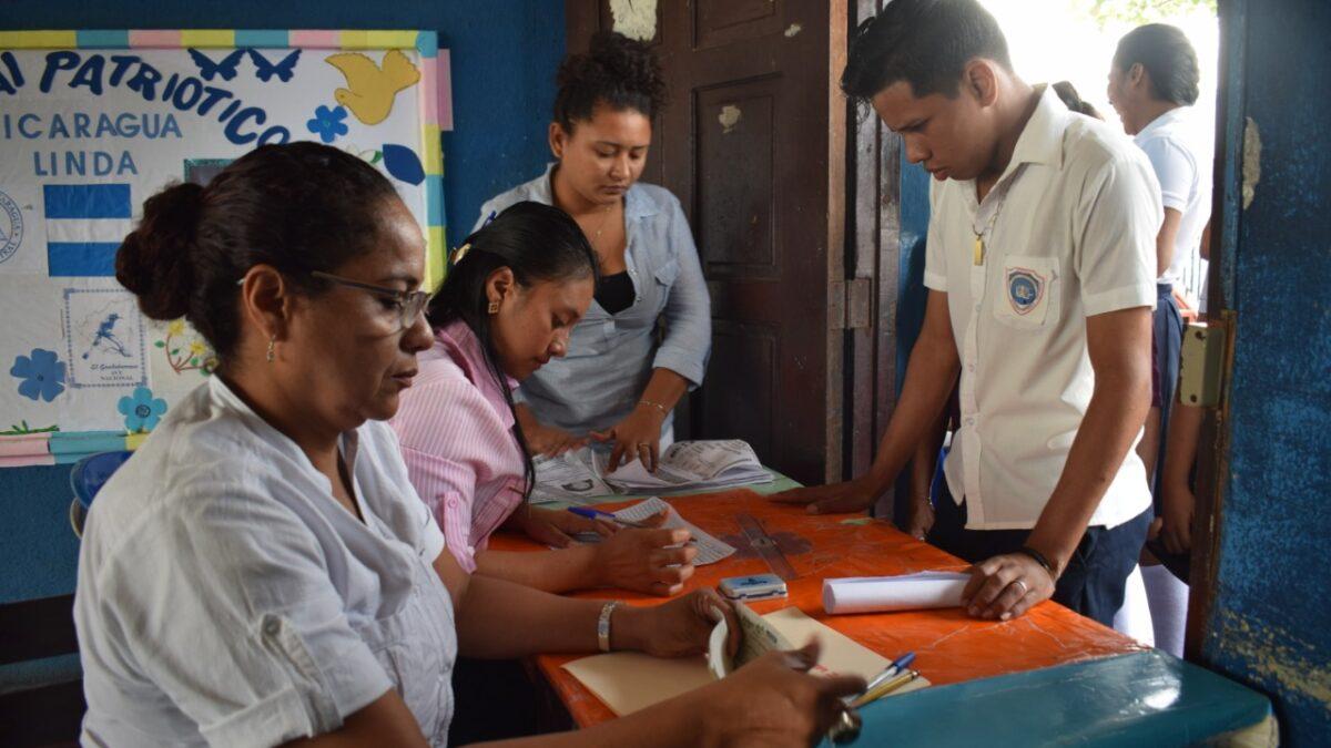 Al menos 70 mil bachilleres recibirán bono de apoyo complementario