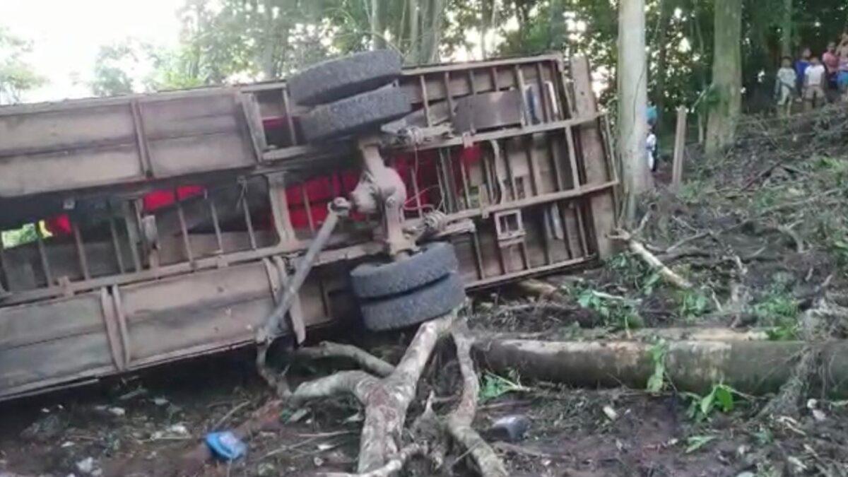 Familias afectadas por accidente en Waslala reciben apoyo