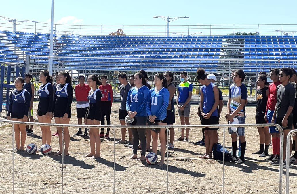Universitarios por primera vez participan en Torneo de Voleibol Playa