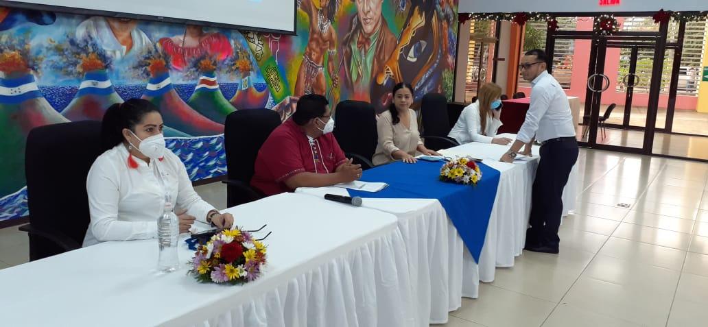 Educadores de todo el país, participan en el Certamen Nacional al «Mejor Docente»