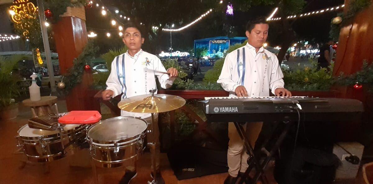 Presentan recital de música Mariana, con marimbas tradicionales