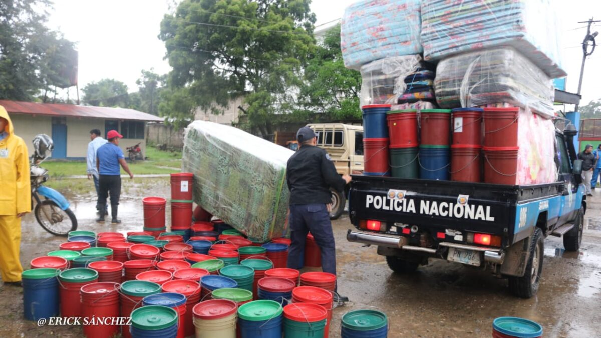 Policía Nacional garantiza seguridad en lugares afectados