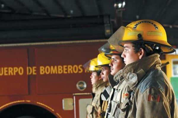 Bomberos unificados preparados para atender emergencias con Huracán ETA