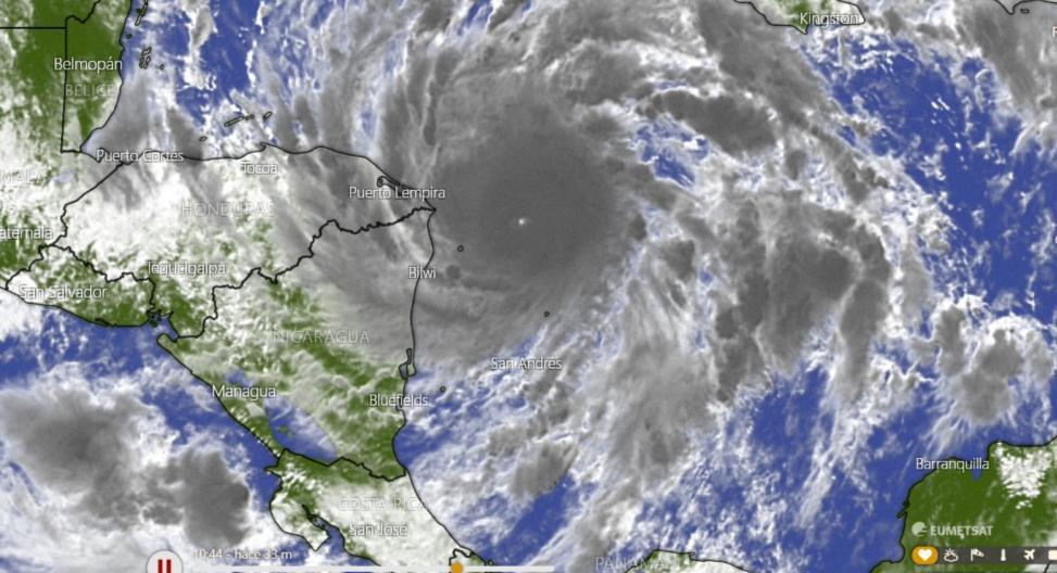 Desarrollarán plan policial de atención a las emergencias por huracán Eta