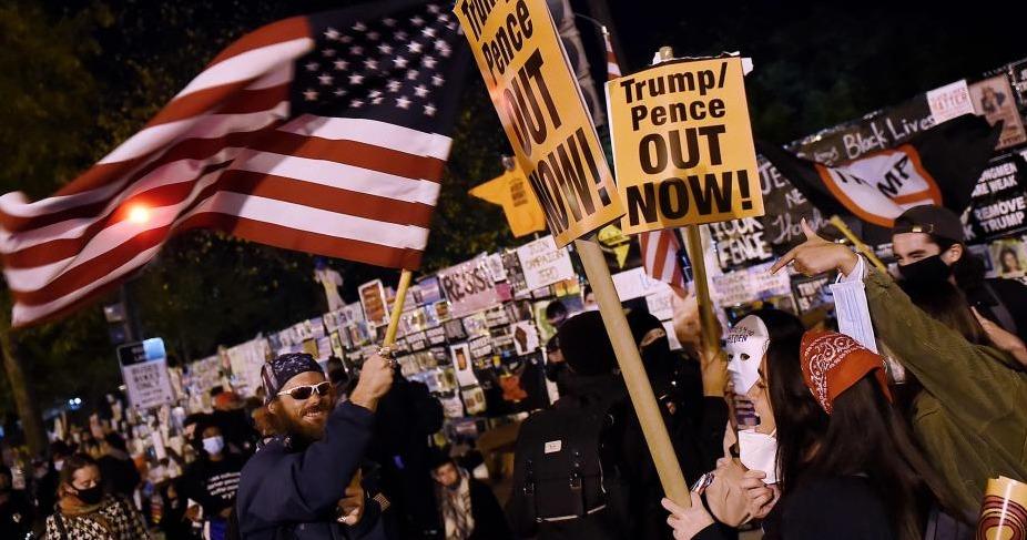 Manifestaciones contra presidente Trump y conteos de votos con ventaja para Joe Biden