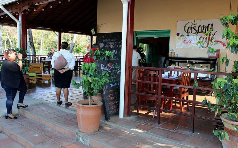 La Casona del café, uno de los sitios favoritos de las personas en la Avenida Bolívar