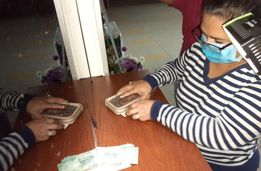 Trabajadores del Ministerio de Salud reciben pago del aguinaldo