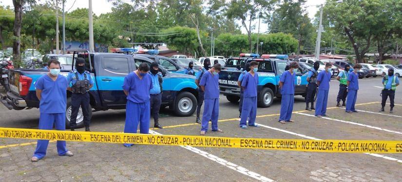 Operativos policiales dejan como resultado 64 personas detenidas