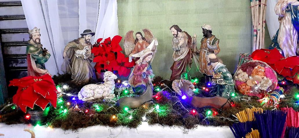 Feria del comercio navideño en la plaza 22 de agosto