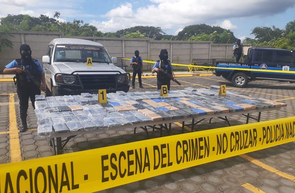 Policía Nacional ocupa mas de 220 kilos de cocaína