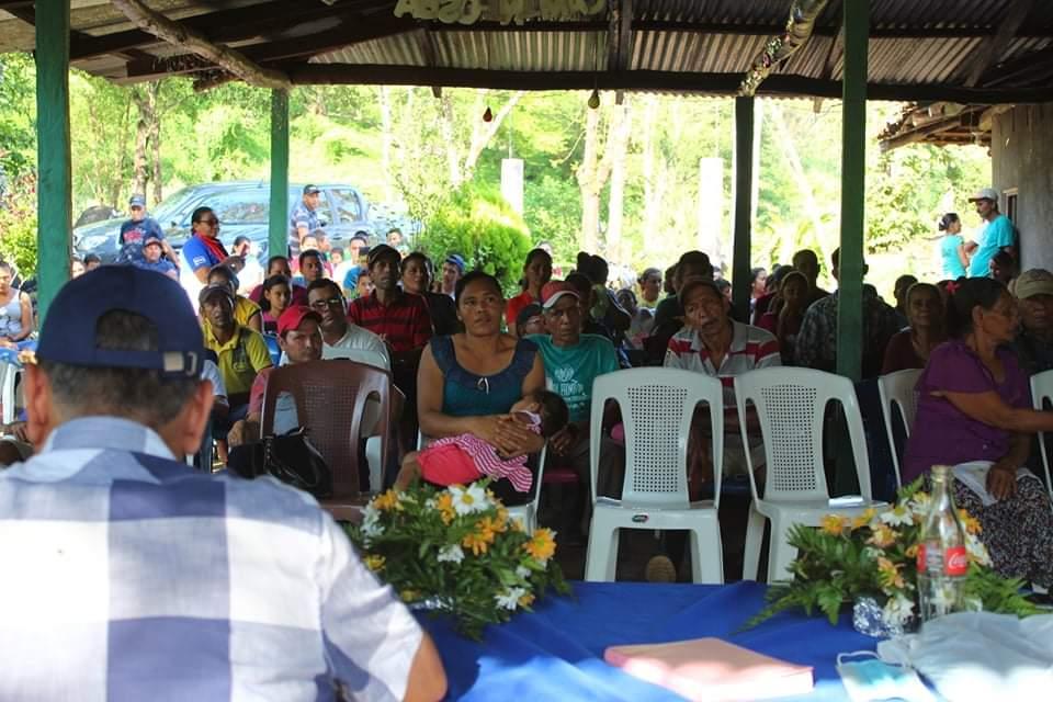 Inauguran proyecto de electrificación en Las Mariítas, Somotillo