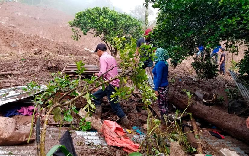 Continúan trabajos de rescate en el Macizo de Peñas Blancas