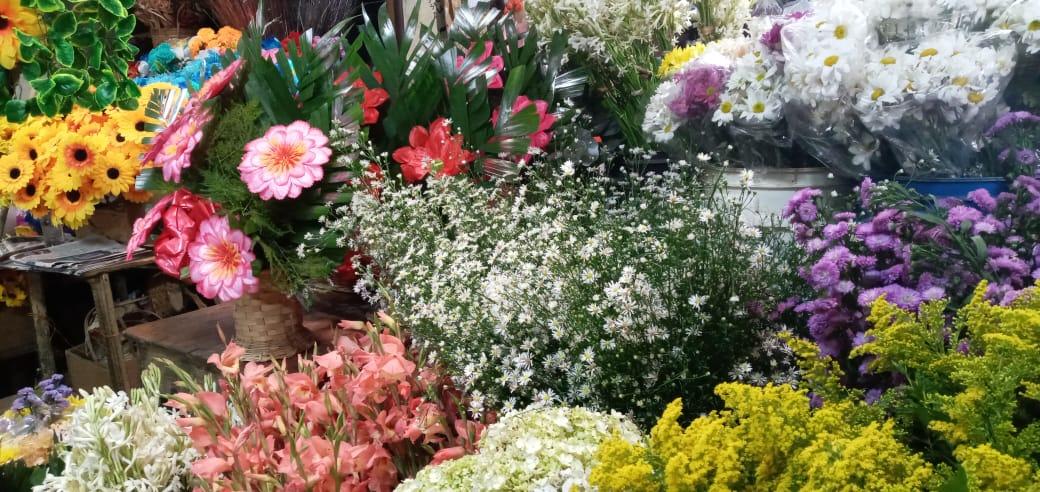 Reportan buenas ventas de flores en el mercado Roberto Huembes